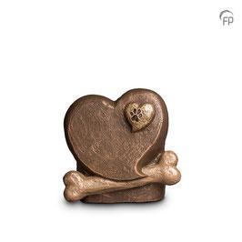 Tierkunsturne Herz mit Knochen