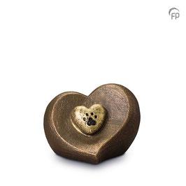 Tierkunsturne Herz mit Pfote