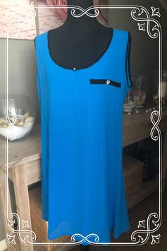 Blauw jurkje met zwarte details van KOKO - Maat xl
