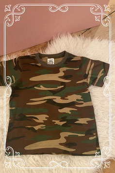 Camouflage t-shirtje Fostee maatje 134