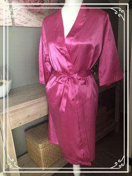 Nieuw: roze satijnen kamerjas - maat S