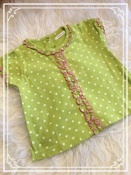 Lime groen Hema t-shirt met roesjes en voorzien van handige drukknopjes aan de achterkant maat 68