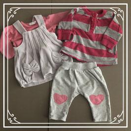 2 grijs/roze setjes - Maat 56