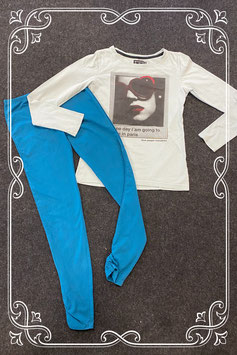 Lichtblauwe longsleeve van Blue Pepperind en donkerblauwe legging van Mexx maat 152