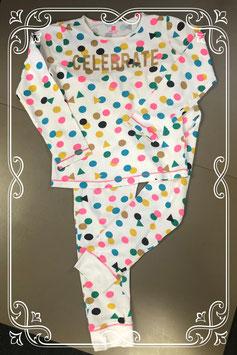 Vrolijk gekleurde pyjama van Hema maat 134/140