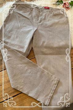 Lichtgrijze lange spijkerbroek van het merk Stooker - maat 50