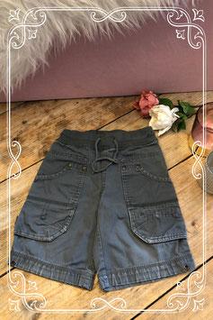 Donkergrijze korte broek van HEMA - Maat 86-92