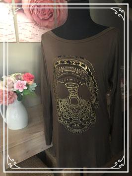 Legergroen lange mouwen shirt met gouden doodshoofd print van Glamorous  - Maat L