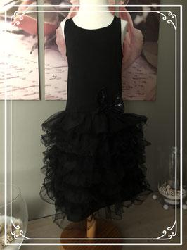 Prachtig zwarte feestjurk met tule-maat 128-134