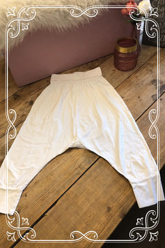 Witte harem broek van de Hema - Maat 152/158