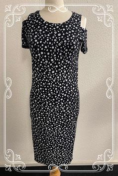 Zwart jurkje met witte bloemen van C&A maat 38/40