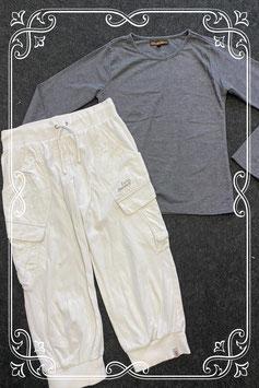Grijze longsleeve van Drive Jeans en witte broek van ESP maat 152/158
