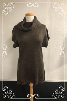 Donkergroene trui met korte mouwen maat M