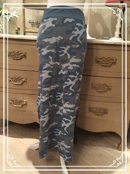 Lange rok in camouflage legermotief - maat M