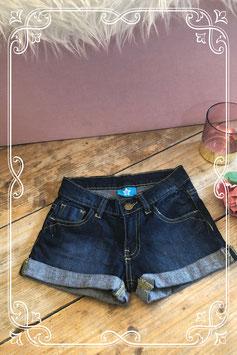 Korte spijkerbroek (merkloos) - maat 128-134