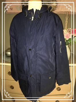 Donkerblauwe winterjas met capuchon van Rebel - maat 146-152