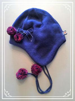 Donkerblauw mutsje met pompons - voor meisje van 2 jaar
