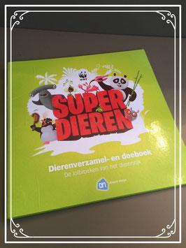 Superdieren boek met verzamelplaatjes