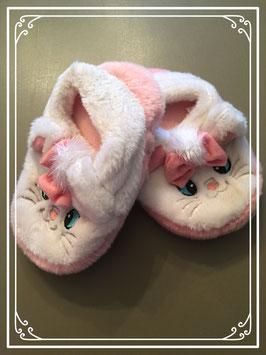 Roze pantoffels met Marie de Kat - maat 31-33