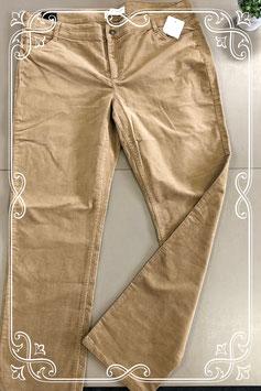 Nieuw! Taupe kleurige rib broek van Yessica maat 48
