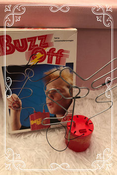 Buzz Off spel