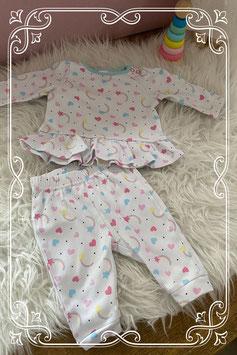 Tweedelig pyjamaatje van de C&A - maat 68