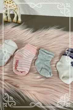 4 paar sokken waaronder 2 paar van Bambino - 0 tot 12 maanden