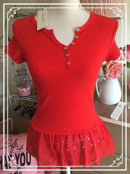 Een nieuw rood shirt van Voyelles - maat 38