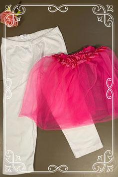 Witte capri legging met roze rok van tule in maat M