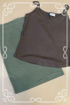 Nieuw! Leuke groene rok van Copines en bruine top van True Fashion maat 42