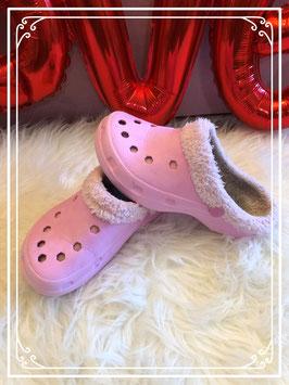 Rose meisjes crocs met bont - maat 32