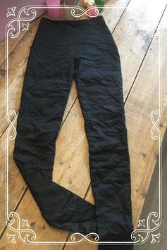 Dunne zwarte broek (merkloos) - Maat S