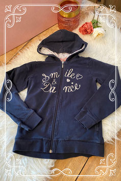 Blauw vest met tekst opdruk van LISA ROSE - maat 140