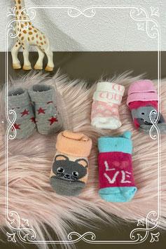 5 paar vrolijk gekleurde sokjes - 6 tot 12 maanden