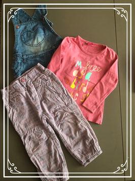 Set van drie kleding stukken maatje 86
