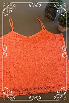 Oranje top met gehaakte bloemen van Bel&BO maat XL