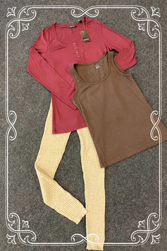 3-delige set met hemd van H&M en longsleeve van Esmara en legging van Tandem maat M/42