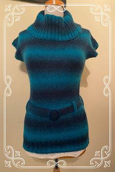 Leuke blauwe trui met riem van C&A maat S
