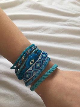 Brede armband gemaakt van 8 verschillende armbanden