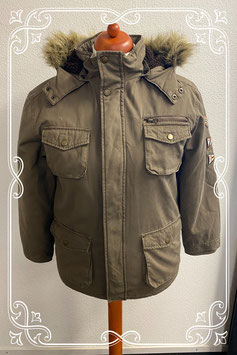 Stoere warme winterjas in legergroen Maat 158
