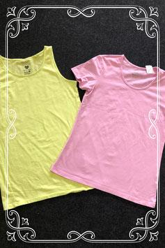 Roze shirt van Pepperts! en gele top van C&A maat 158/164