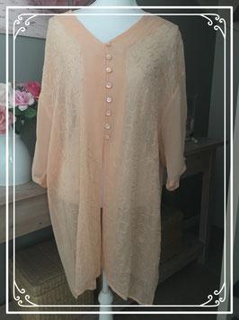 Nieuw: zalmkleurige doorschijnende blouse - Maat 52-54