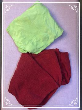 Set van twee hoeslakentjes rood en groen