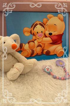 Driedelige set - schilderij van winnie the pooh - heerlijk zachte knuffel en speen met speenkoord