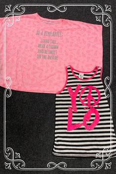 Gestreept hemd van C&A en roze shirt met vlindermouwen maat 134/140