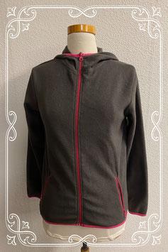 Donkergrijs met roze fleecevest in maat 158/164