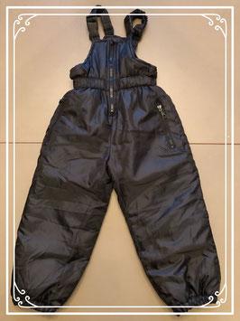 Zwarte skibroek met bovenstuk - Maat 104