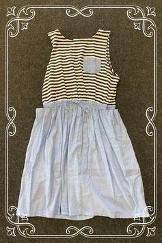 Leuk jurkje wit met blauw van H&M maat 134/140