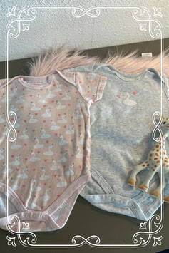 Set van twee rompertje in het roze en grijs - maat 74-80