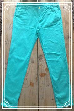 Nieuw: turquoise lange broek van Yessica - maat 48